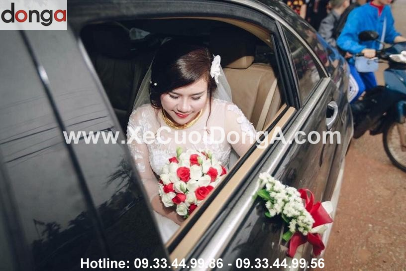 anh-thuy-thue-xe-cuoi-mercedes-s63-ngay-27-3 (2)