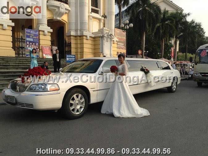 cho-thue-xe-cuoi-limousine-trang-xe-cuoi-dong-a (5)