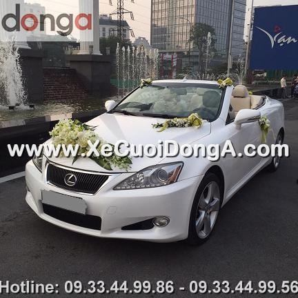 dam-cuoi-khach-hang-thue-xe-lexus-is250c-mui-tran-tai-hong-ha (1)