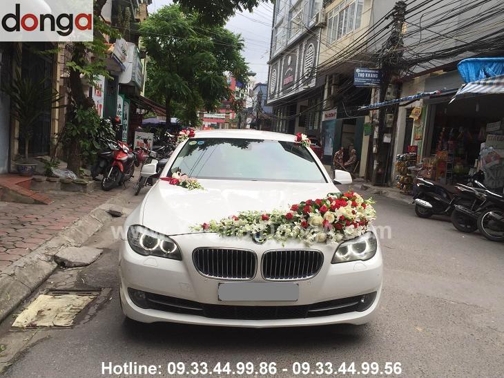 dam-cuoi-tai-kim-lien-bmw-520-sedan-1