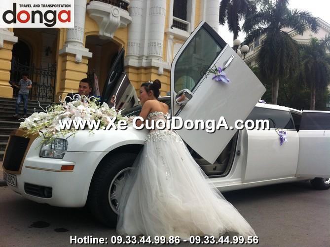 dam-cuoi-xe-cuoi-chrysler limousine-3-khoang (1)