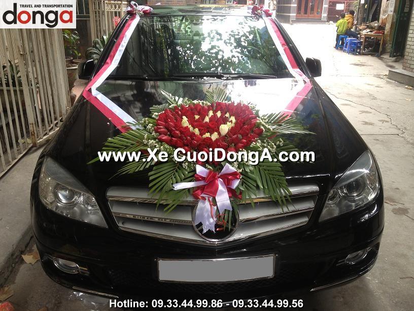 dam-cuoi-xe-cuoi-mercedes-c200-den-tai-son-tay (1)