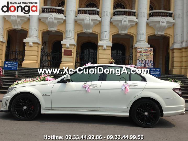 dam-cuoi-xe-cuoi-mercedes-c63-amg-tai-bach-dang (2)