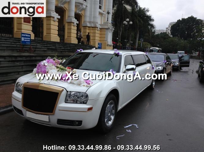 dan-xe-cuoi-chrysler-limousine-300c-trang (3)