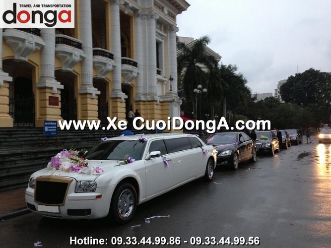 dan-xe-cuoi-chrysler-limousine-300c-trang