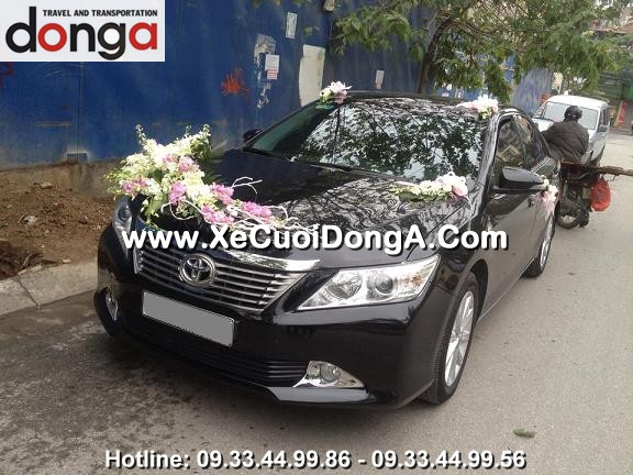 hinh-anh-khach-hang-thue-xe-cuoi-camry-tai-dong-a (16)
