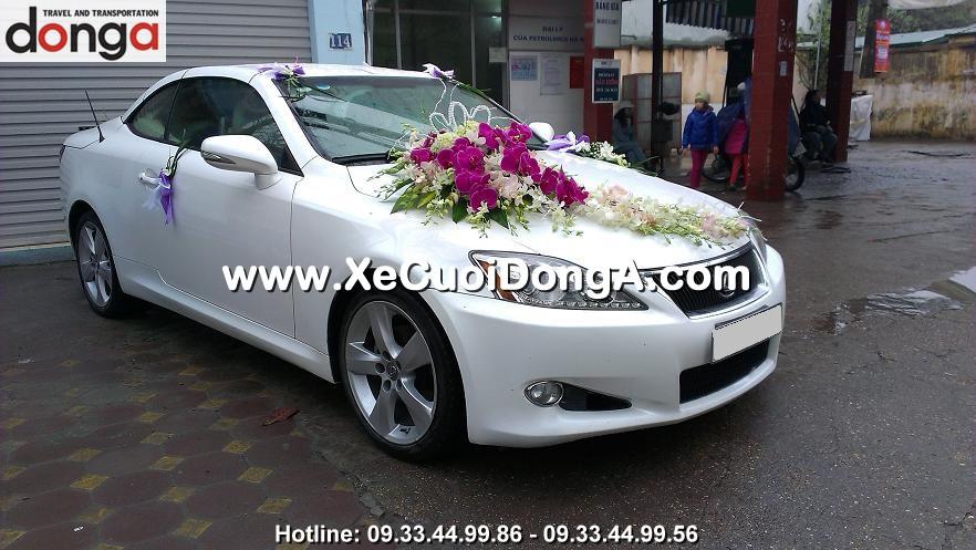 hinh-anh-khach-hang-thue-xe-cuoi-lexus-is250c-mui-tran-tai-doi-nhan (2)