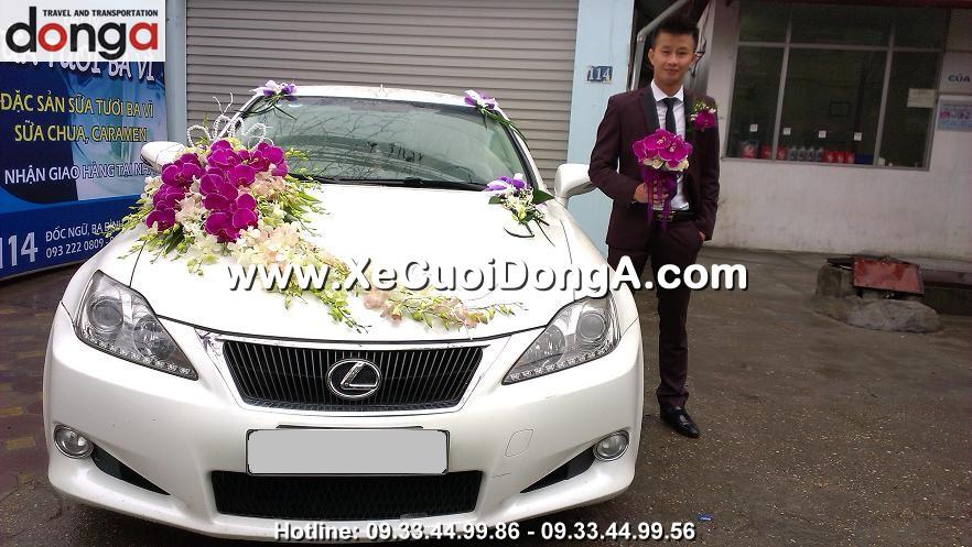 hinh-anh-khach-hang-thue-xe-cuoi-lexus-is250c-mui-tran-tai-doi-nhan