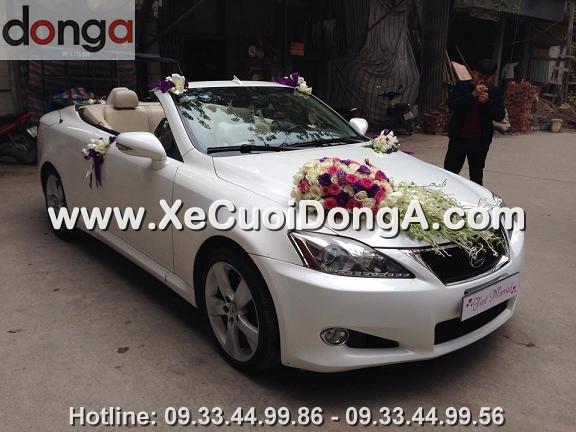 hinh-anh-khach-hang-thue-xe-cuoi-lexus-is250c-mui-tran-tai-hoang-cau (9)