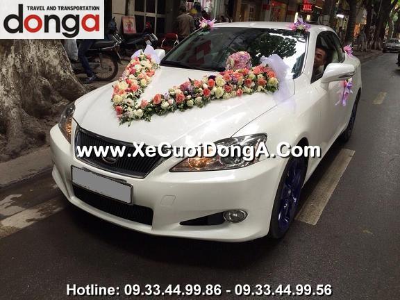 hinh-anh-khach-hang-thue-xe-cuoi-lexus-is250c-mui-tran-tai-phan-dinh-phung