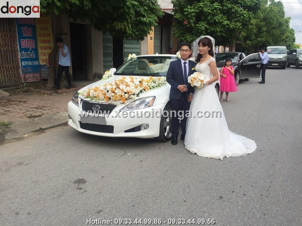 hinh-anh-khach-hang-thue-xe-cuoi-lexus-mui-tran-ngay30-11-2015 (1)