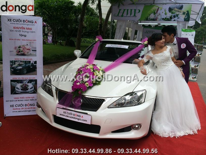 hinh-anh-khach-hang-thue-xe-cuoi-lexus-tai-dong-a (2)