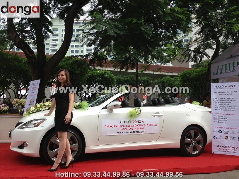 hinh-anh-khach-hang-thue-xe-cuoi-lexus-tai-dong-a (4)