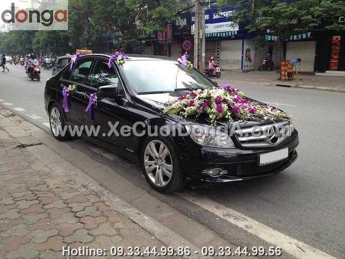 hinh-anh-khach-hang-thue-xe-cuoi-mercedes-tai-cong-ty-dong-a (4)