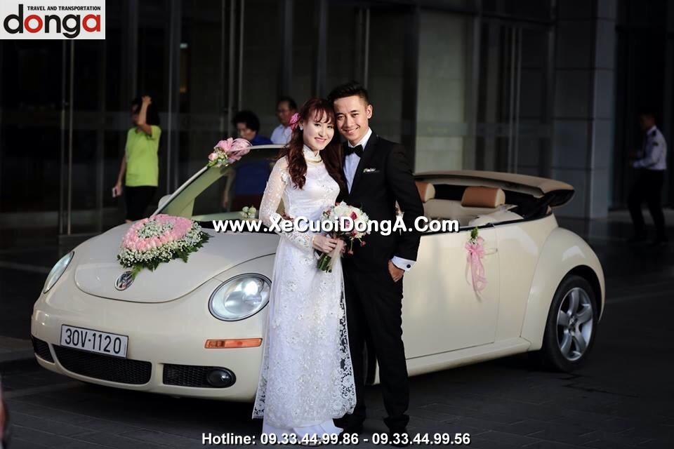 hinh-anh-khach-hang-thue-xe-cuoi-volkswagen-mui-tran-tai-dong-a (15)