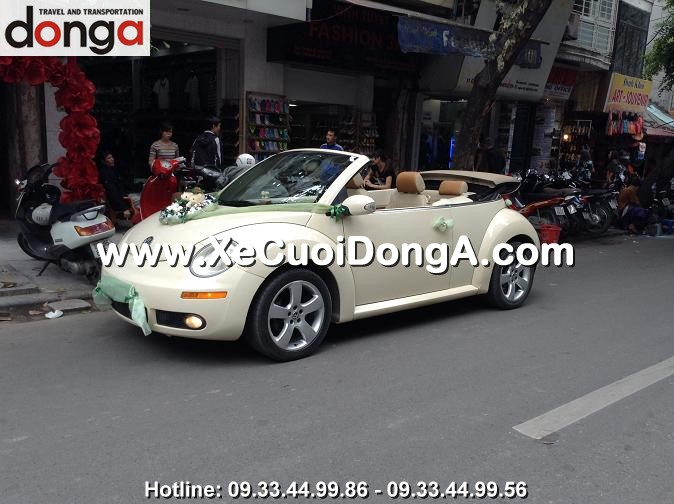 hinh-anh-khach-hang-thue-xe-cuoi-volkswagen-mui-tran-tai-dong-a (28)