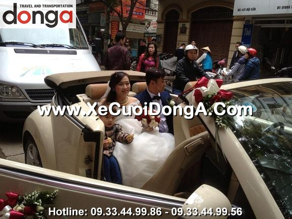 hinh-anh-khach-hang-thue-xe-cuoi-volkswagen-mui-tran-tai-dong-a (37)