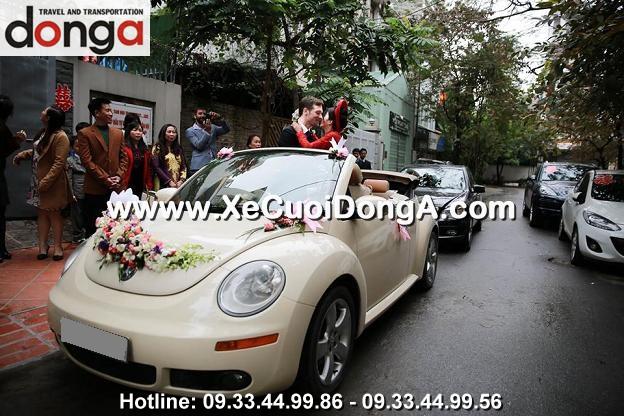 hinh-anh-khach-hang-thue-xe-cuoi-volkswagen-mui-tran-tai-dong-a (42)