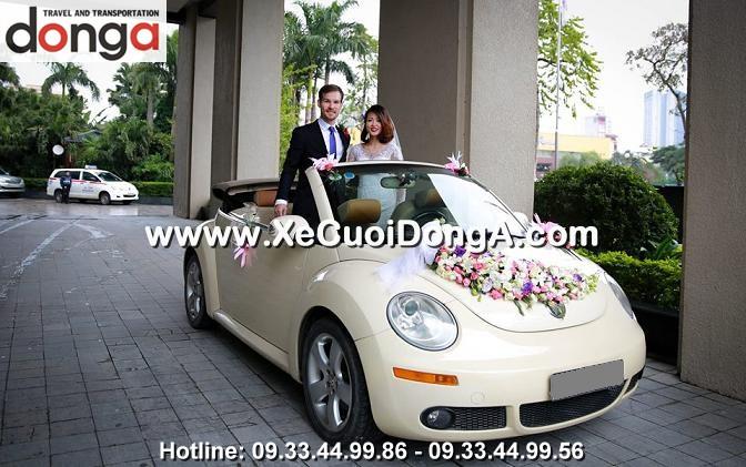 hinh-anh-khach-hang-thue-xe-cuoi-volkswagen-mui-tran-tai-dong-a (43)