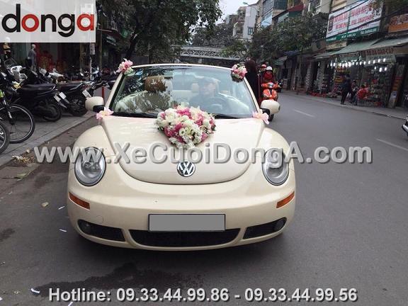 hinh-anh-xe-cuoi-volkswagen-mui-tran-dam-cuoi-tai-hang-giay