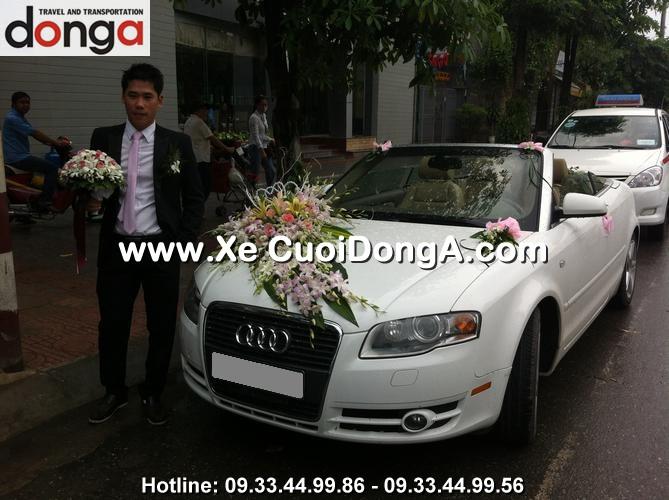 khach-hang-thue-xe-cuoi-audi-a4-mui-tran-dao-tan (2)