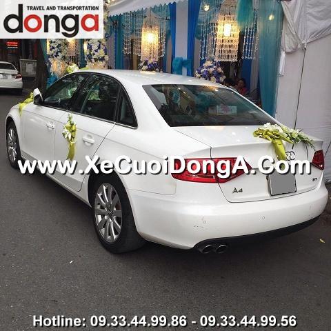 khach-hang-thue-xe-cuoi-audi-a4-sedan-chu-re-tung-dia-chi-quan-thanh (1)