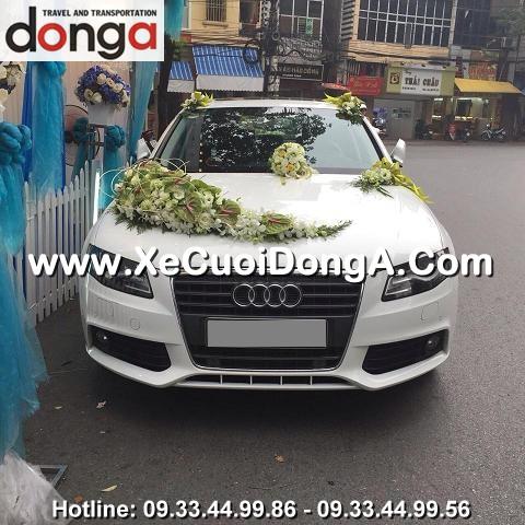 khach-hang-thue-xe-cuoi-audi-a4-sedan-chu-re-tung-dia-chi-quan-thanh