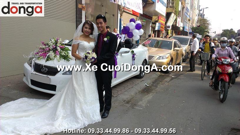 khach-hang-thue-xe-cuoi-lexus-is250c-mui-tran-tai-ton-duc-thang