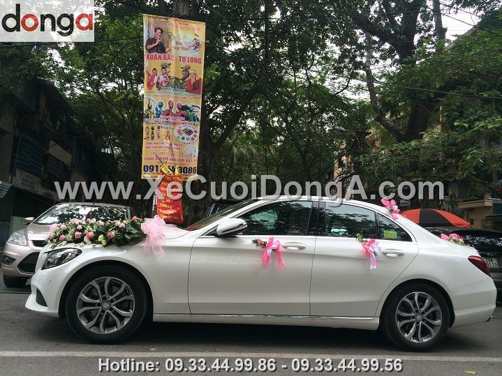 khach-hang-thue-xe-cuoi-mercedes-c200 (5)