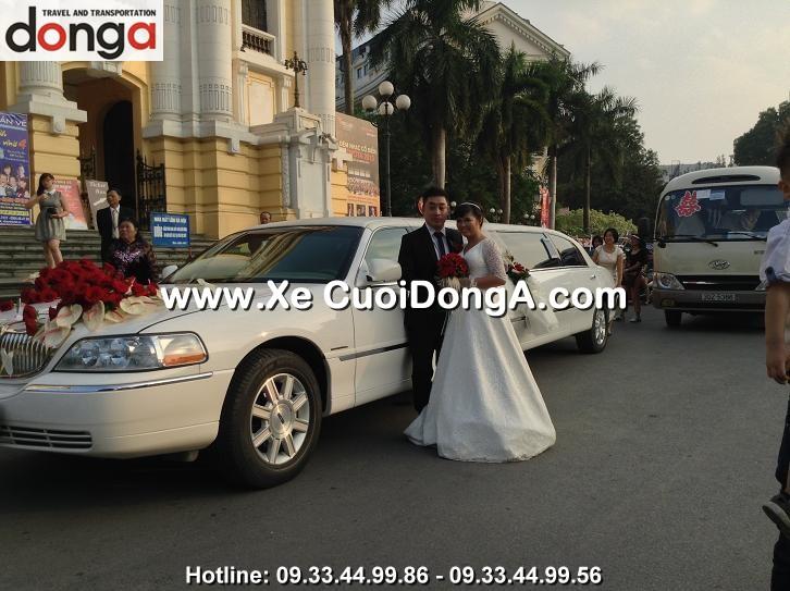xe-cuoi-limousine-lincoln-trang-hang-bong (5)