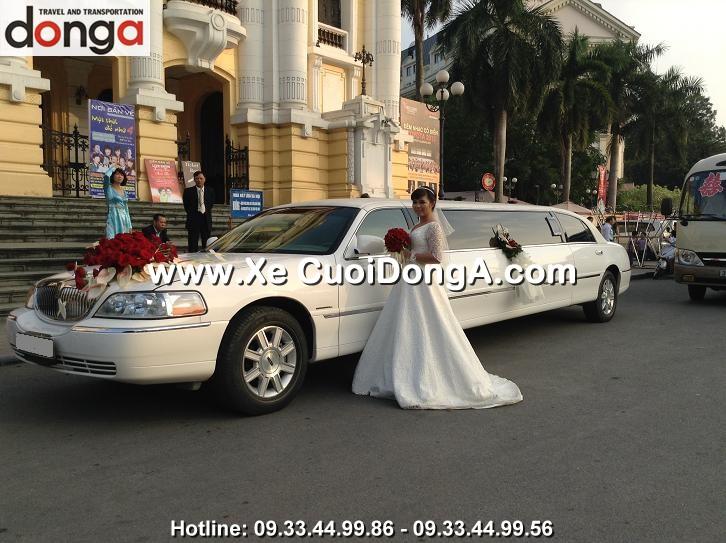 xe-cuoi-limousine-lincoln-trang-hang-bong
