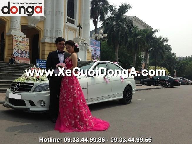 xe-cuoi-mercedes-c63amg-tre-khoe-nang-dong (1)