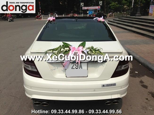 xe-cuoi-mercedes-c63amg-tre-khoe-nang-dong (4)