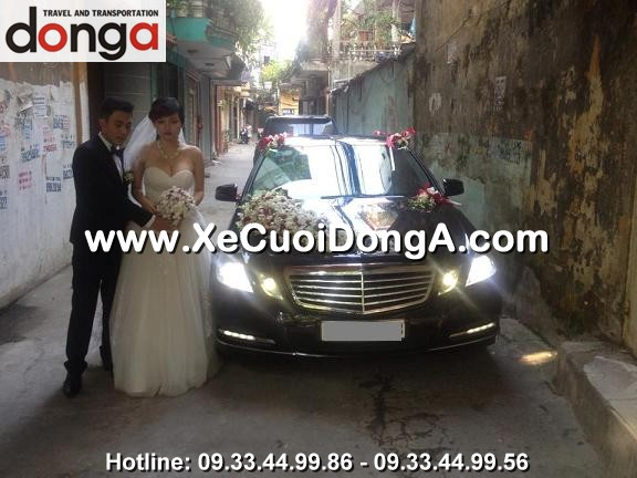 khach-hang-thue-xe-cuoi-mercedes-e300-danh-gia-ve-dich-vu-dong-a (2)