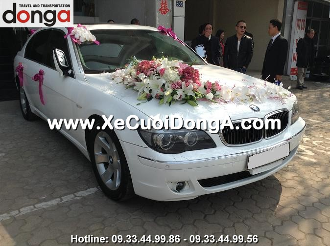 y-kien-khach-hang-thue-xe-cuoi-bmw-750li-trang-tai-lac-long-quan (1)