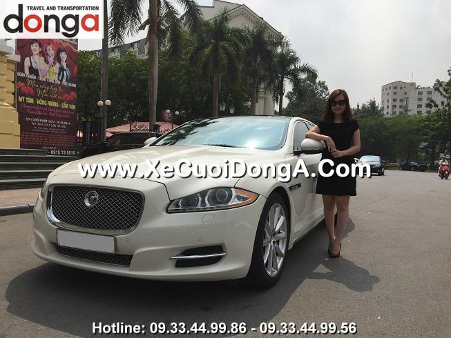 hinh-anh-khach-hang-thue-xe-cuoi-jaguar-xjl-tai-dong-a (2)