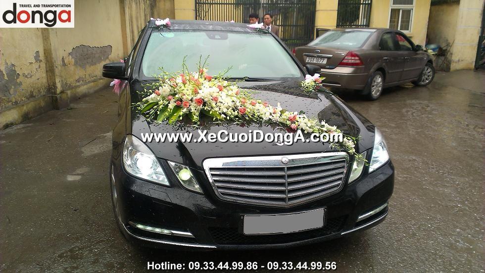 chu-re-long-tai-trung-liet-hinh-anh-xe-cuoi-mercedes-e250-mau-den (4)