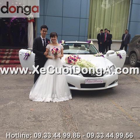dam-cuoi-hinh-anh-khach-hang-thue-xe-cuoi-lexus-is250c-mui-tran-tai-hao-nam