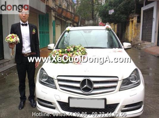 dam-cuoi-xe-cuoi-mercedes-c250-mau-trang-van-khe-ha-dong