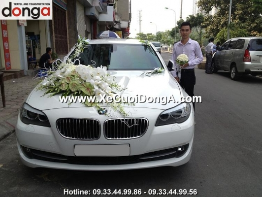 hinh-anh-khach-hang-thue-xe-cuoi-bmw-523i-mau-trang-tai-quan-nhan