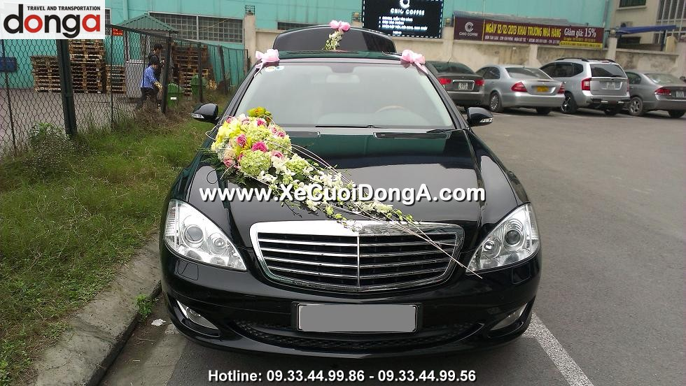 hinh-anh-khach-hang-thue-xe-cuoi-mercedes-s550-tai-de-la-thanh (2)