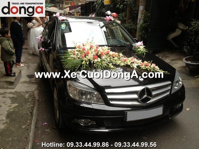 anh-xe-cuoi-mercedes-c200-mau-den (4)