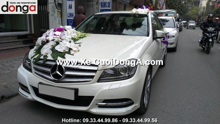 anh-xe-cuoi-mercedes-c200-mau-trang (8)
