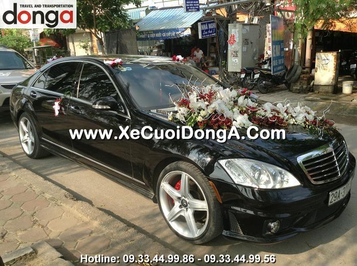 dong-a-phuc-vu-khach-hang-thue-xe-cuoi-mercedes-s500-tai-ha-noi (3)