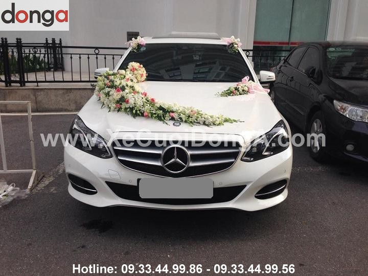 hinh-anh-xe-cuoi-mercedes-e250-mau-trang (1)