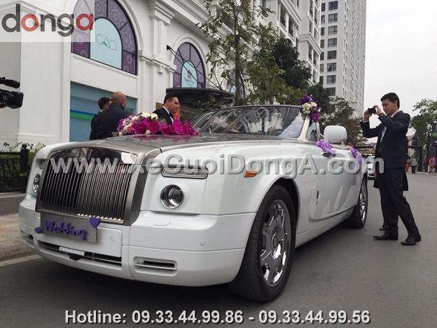hinh-anh-xe-cuoi-roll-royce-ghost-mui-tran (5)