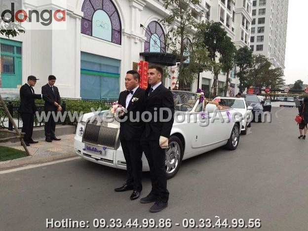 hinh-anh-xe-cuoi-roll-royce-ghost-mui-tran (7)