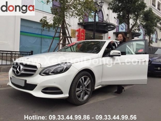 co-hien-ung-y-khi-thue-xe-cuoi-mercedes-cua-xe-cuoi-dong-a (2)
