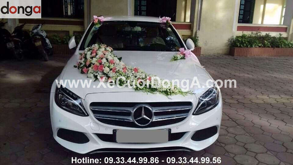 hinh-anh-xe-cuoi-mercedes-c200