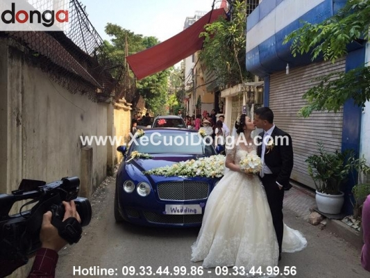 ly-do-chi-linh-va-gia-dinh-quyet-dinh-dat-thue-xe-cuoi-bentley-cua-xe-cuoi-dong-a